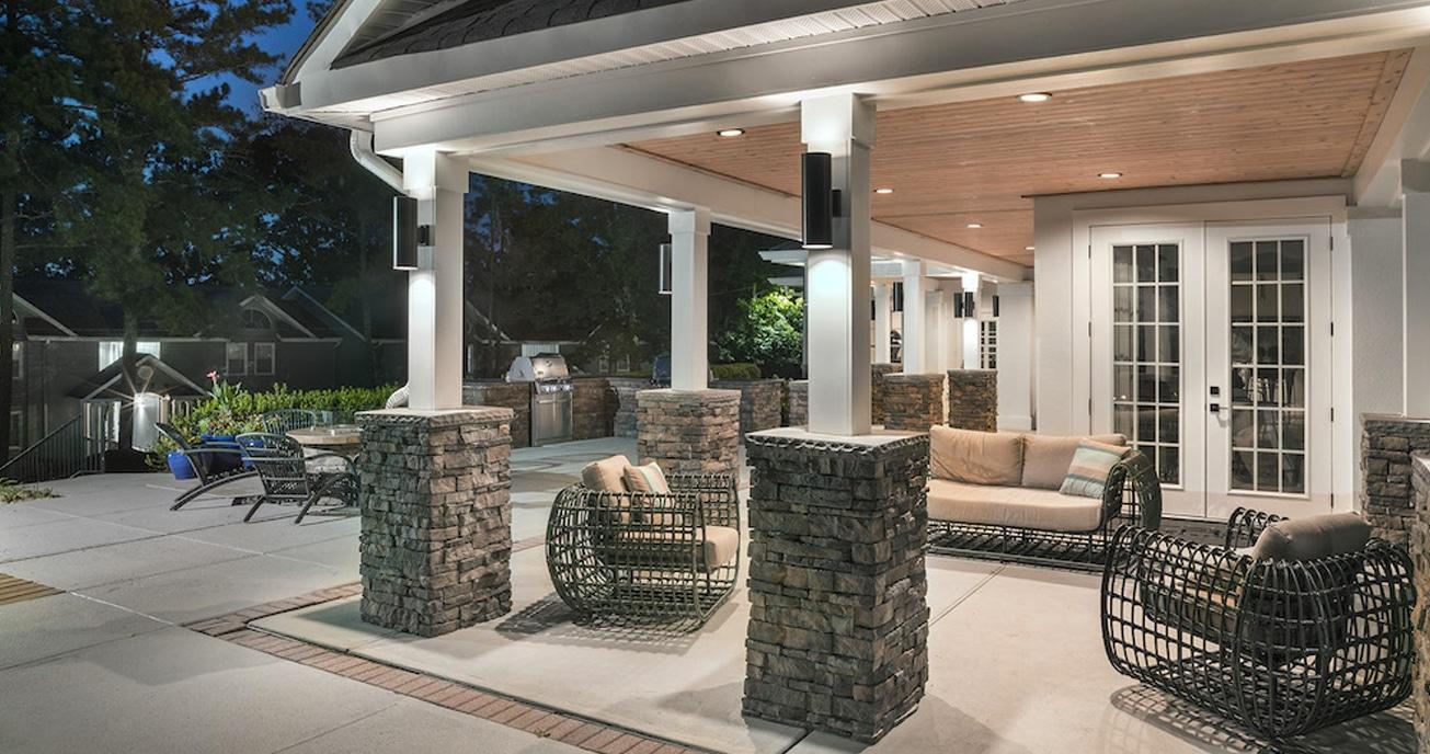 outdoor patio area, 550Abernathy atlanta ga